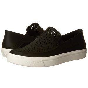 ea4c8e58b06087 Crocs Women Shoes Sneakers on Poshmark